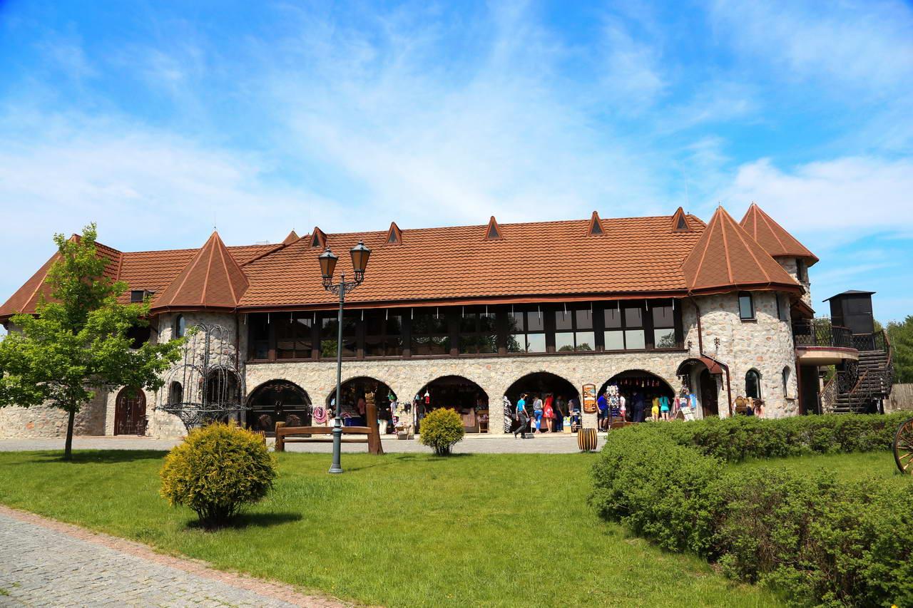 "Tourist complex ""Korobchitsy"""